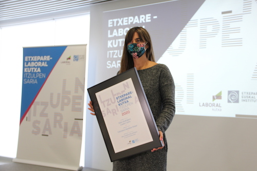 Eider Rodriguez and Lander Garro won the Etxepare-Laboral Kutxa Translation Prize 2020
