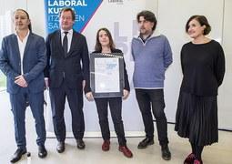 Ainara Munt, premio Etxepare-Laboral Kutxa de 2019
